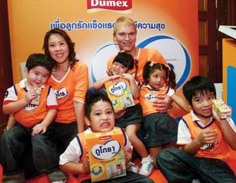 Dumex สร้างจุดเปลี่ยนตลาดนมผง