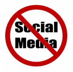4 ใน 10 บริษัทนอก Ban การใช้ Social Network ในที่ทำงาน