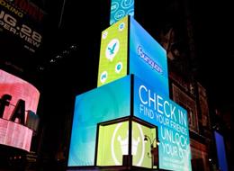 โฆษณา Foursquare บนตึก Time Square