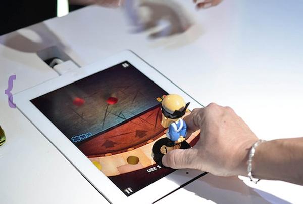 Apptivity ตุ๊กตาต่อยอดเกม iPad