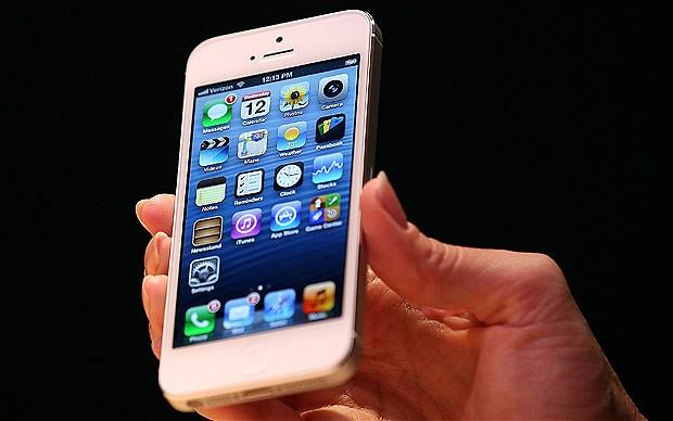 iPhone 5  ยอดทะลุ 5 ล้านเครื่องแล้ว