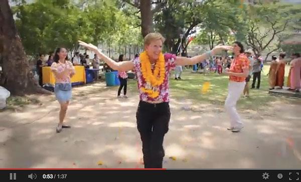 ท่านทูตสหรัฐฯ จัดเต็มวิดีโอฉลองสงกรานต์