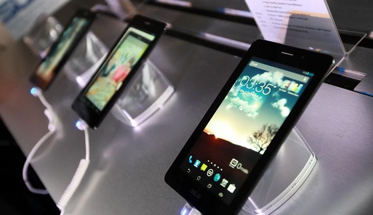 """ASUS Fonepad"" ออลอินวัน แท็บเล็บและสมาร์ทโฟน"