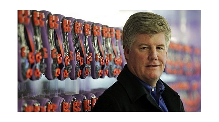 """Charlie Denson"" หัวหน้าฝ่ายดูแลแบรนด์ Nike เกษียนฉลองทำงานครบปีที่ 34"