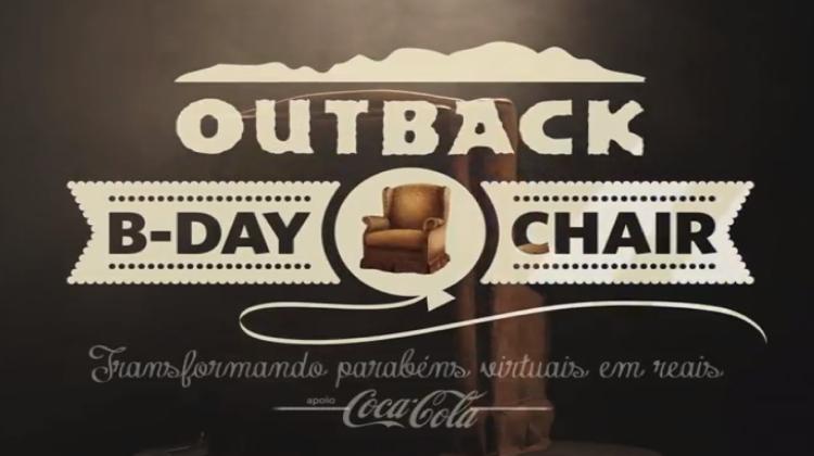 Outback เอาใจลูกค้ามาฉลองวันเกิดที่ร้านด้วยเก้าอี้กอดได้