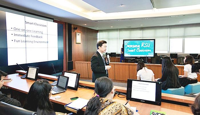 Samsung-Smart-Classroom-4