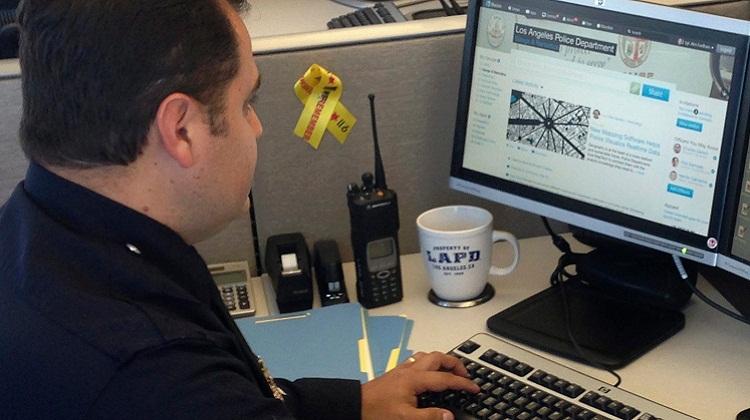 รู้จัก BlueLine เครือข่ายสังคมของตำรวจอเมริกัน