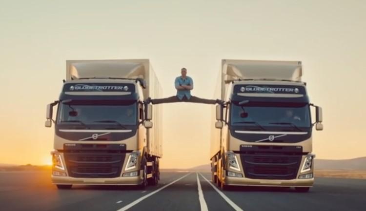 VOLVO ทดสอบความนิ่งของรถบรรทุกด้วยท่าแยกขาของฌอง คลอด แวน แดม! 22 ล้าน View ใน 5 วัน