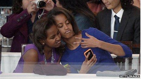 _71193970_obama-girls