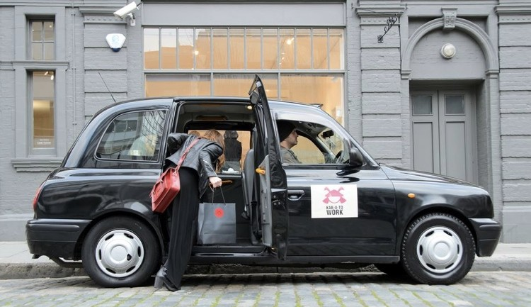 แบรนด์บะหมี่เจาะกลุ่มพวกขี้เมา ส่งแท็กซี่พร้อมเสิร์ฟบะหมี่ร้อนๆ ชิมฟรีตลอดเส้นทาง