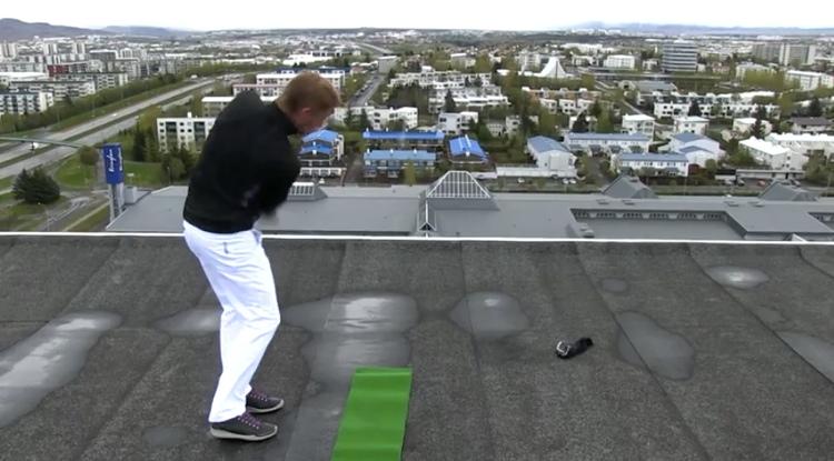 ห้างจัดโปรโมทเทศกาลอุปกรณ์กอล์ฟ ด้วย Content Marketing กับคลิปตีกอล์ฟจากดาดฟ้าให้ลงกรีน!
