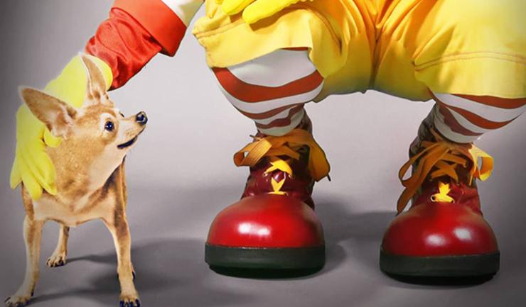 McDonald ไม่แคร์ถูก Taco Bell บลั๊ฟในโฆษณาเมนูอาหารเช้า-เปรียบคู่แข่งเพียงหมาชิวาวาขี้เล่น