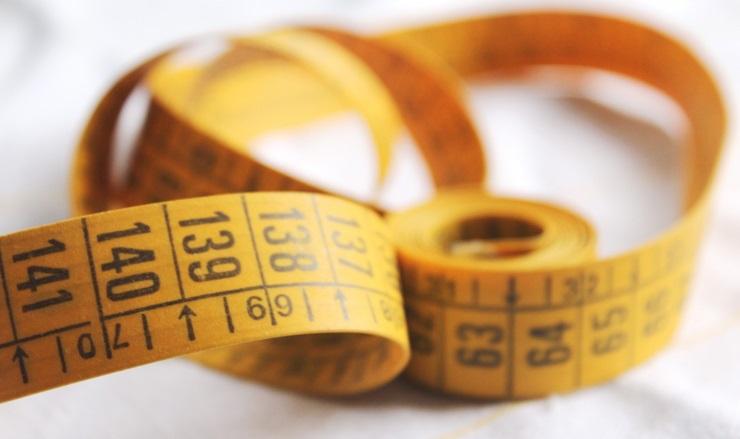 8901535-tape-centimeter-numbers-macro