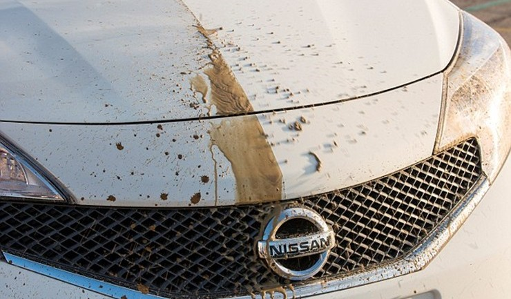 Nissan ล้ำ! เผยเทคโนโลยีสีรถทำความสะอาดตัวเองได้