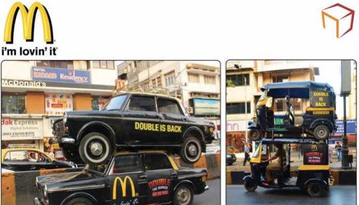 แมคโดนัลด์อินเดียใช้รถแท็กซี่ & ตุ๊กๆ สองชั้นโปรโมทเมนูยอดฮิตอย่างดับเบิ้ลเบอร์เกอร์ให้มาฮิตอีกครั้ง