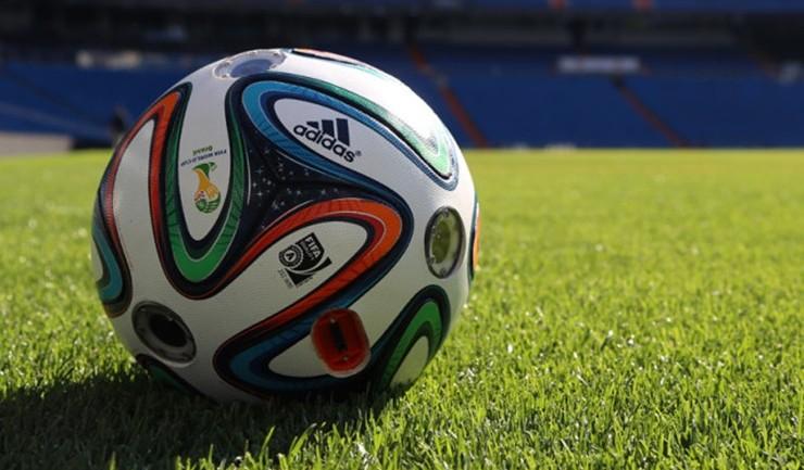 Adidas ฉลอง Fifa World Cup 2014 ส่งบอลอัจฉริยะ ถ่ายสนามได้ 360 องศา