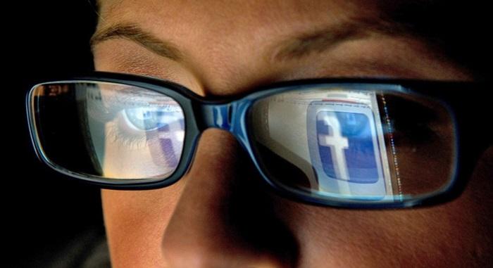 """Facebook เจอวิกฤตหลังทำการทดลองเล่นตลกกับ """"อารมณ์"""" ของผู้ใช้"""