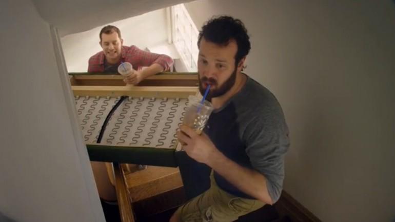 แบรนด์เครื่องดื่มเล่นแคมเปญแปลก-สร้างผู้ชายเป็นไอ้ทึ่มติดกาแฟ