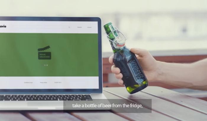 เบียร์ทำ Entertainment Marketing แค่เอาขวดเบียร์ชนจอคอม,มือถือก็เข้าดูหนังได้ฟรี!