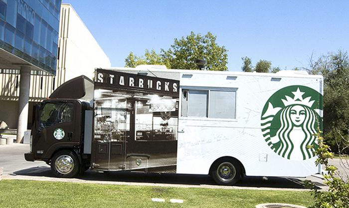 Starbucks ขนรถบรรทุกบุกเสิร์ฟกาแฟถึงรั้วมหา'ลัย!