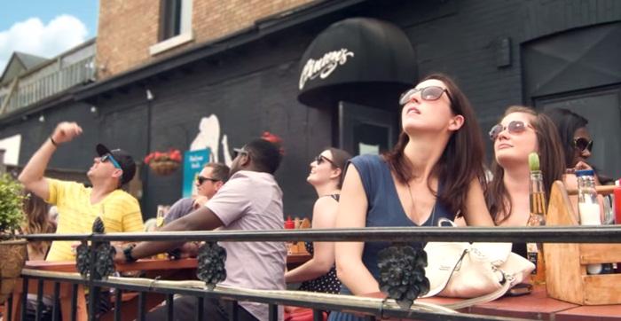 แบรนด์เบียร์ยืดเวลาแห่งความสุข-สะท้อนแดดอบอุ่นให้คุณสนุกกันได้ต่อเนื่อง