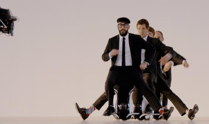 วงดนตรี OK Go กลับมาใหม่ด้วย MV ที่ทำให้ทั่วโลกต้องตะลึงกับ Drone-vertising