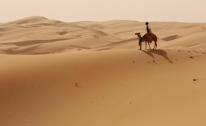 Google เผยภาพทะเลทรายในอาบูดาบี ที่ถ่ายโดยอูฐ
