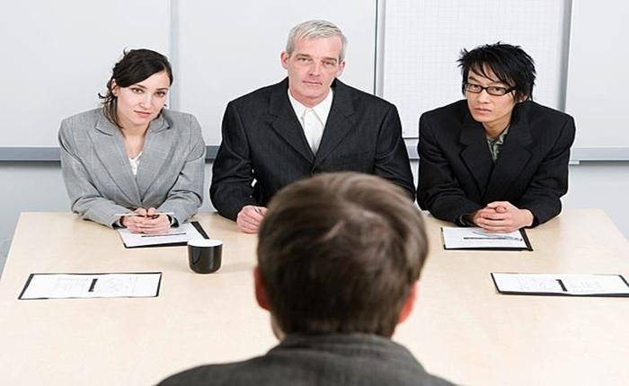 เทคนิคง่ายๆ สำหรับการสัมภาษณ์งาน เมื่อคุณเจอคำถามให้ 'แนะนำตัวเอง'