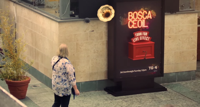 Turn-For-Live-Effect-Musical-Flashmob-by-Publicis-1-640x343
