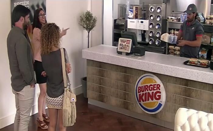 Burger King สเปนโปรโมทบริการส่งถึงบ้านด้วยการยกร้านมาไว้ในห้องครัว!