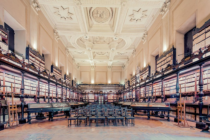 duffieHhouse-of-books-libraries-franck-bohbot-9