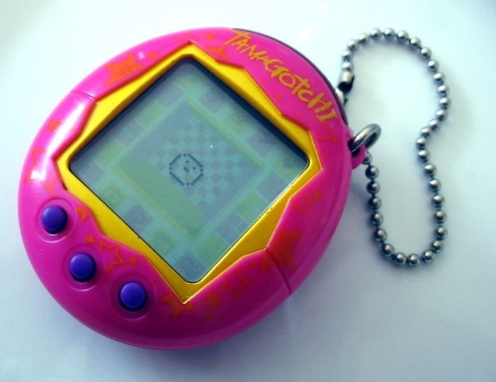duffieHsure-we-forgot-to-feed-them-occasionally-but-there-was-no-digital-pet-better-than-a-tamagotchi-sorry-nano-pets