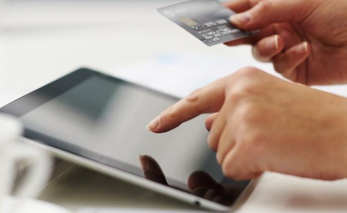 จับกระแสธุรกิจ E-Commerce ปี 2015