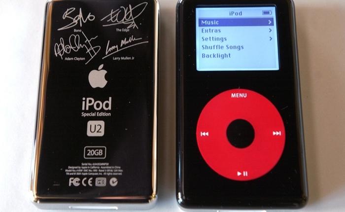 อึ้ง! iPods รุ่นเก่า มีลายเซ็นวง U2 ขายได้ราคาสูงลิบ ถึง 2.9 ล้านบาท