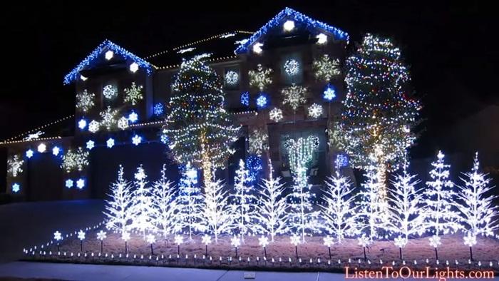 ไวรัลคลิปประดับไฟวันคริสต์มาสเต้นตามเพลง 'Let it go'- กวาดยอดวิว 2.4 ล้าน