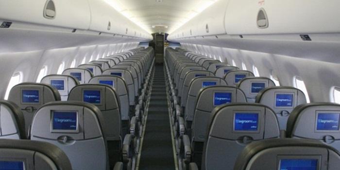 สายการบินอนุญาตให้ผู้โดยสารใช้ iPhone สั่งอาหารได้แล้ว