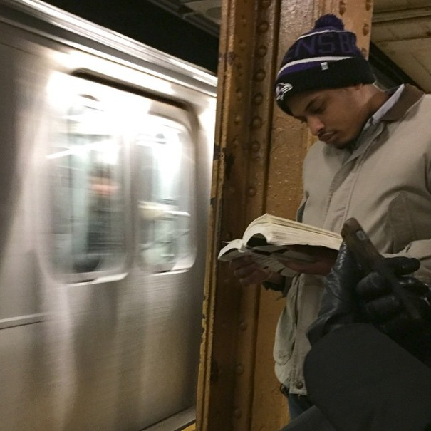 hot-dudes-reading-books-instagram-3-605x605