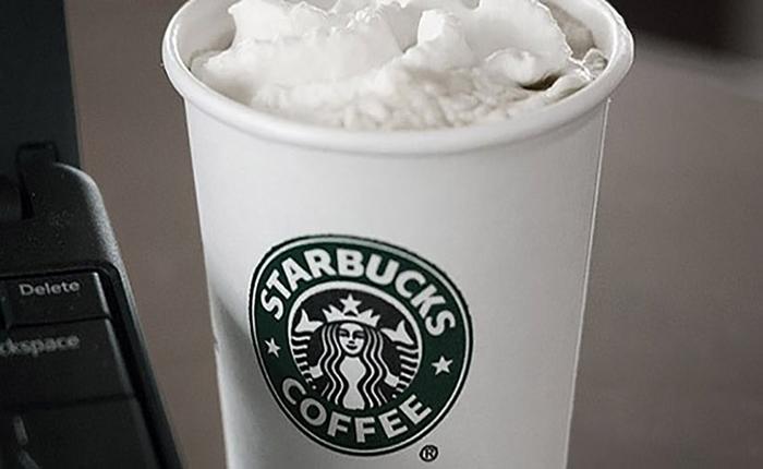 "Starbucks เตรียมเพิ่มทางเลือกใหม่ลูกค้า ใช้ ""กะทิ"" เป็นส่วนผสมในเครื่องดื่ม"
