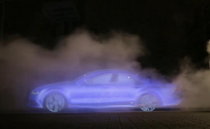Audi เหนือชั้นใช้บิลบอร์ดล่องหนโฆษณารถยนต์ไร้เชื้อเพลิงการันตีไม่ทิ้งมลพิษไว้ด้านหลัง