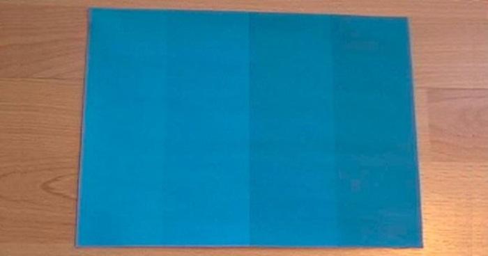 คำถามชวนหัว…กระดาษสีฟ้านี้มีกี่เฉดสี?