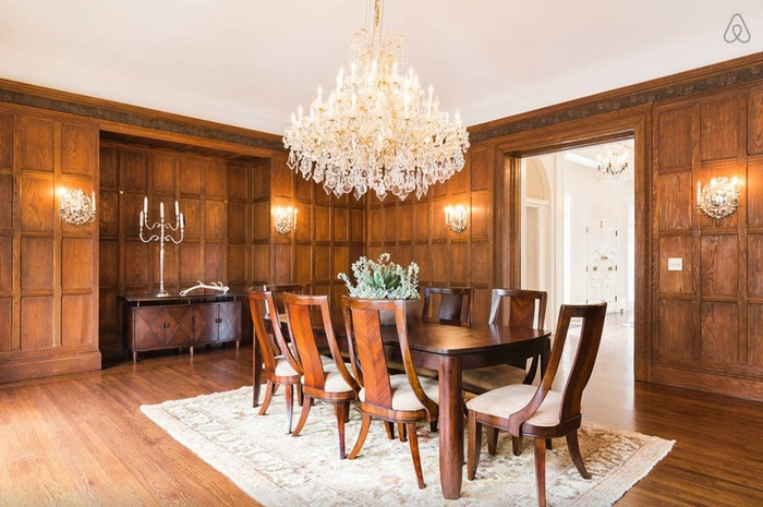 this-is-the-mansions-main-dining-room-its-like-something-out-of-downton-abbey