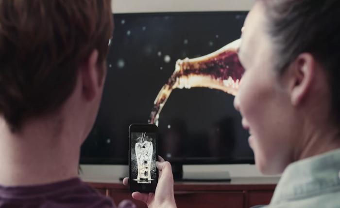 """โค้กจัดเต็มแคมเปญ IMC ไฮเทคชุด """"โฆษณาที่ดื่มได้!"""" โปรโมท Coke Zero อีกครั้งกระตุ้นคนทดลองดื่ม!"""