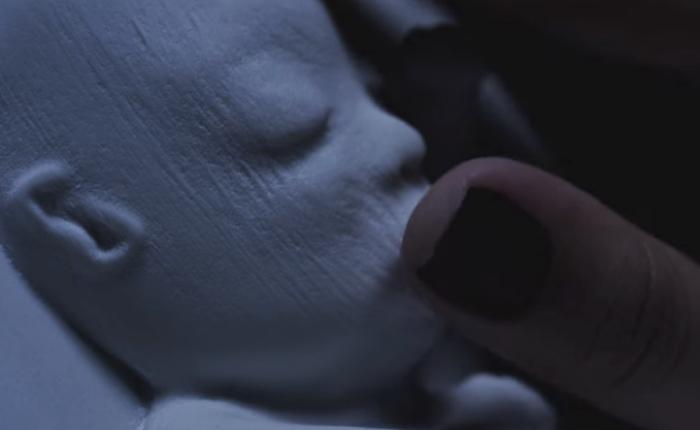 แบรนด์ผ้าอ้อมใช้ 3D Printing สร้างภาพลูกน้อยจากอัตราซาวน์ให้แม่ตาบอดได้สัมผัสลูกก่อนลืมตาดูโลก