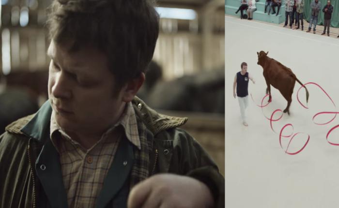 เบียร์อังกฤษโชว์เคส แม้เบียร์จะชื่อธรรมดา แต่คนดื่มสิไม่ธรรมดา! ด้วยการเปลี่ยนคนเลี้ยงวัวเป็นนักยิมนาสติก