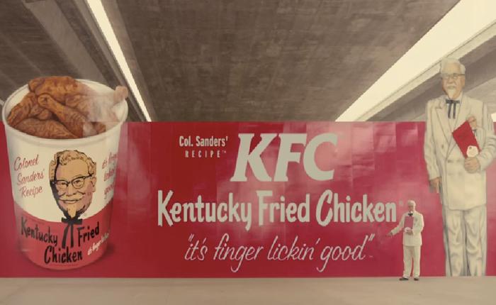 """KFC ปลุก """"ลุงเคน"""" ให้มาคืนชีพย้ำจุดขายไก่ทอดอเมริกันกินอร่อยจนต้องดูดนิ้ว!"""