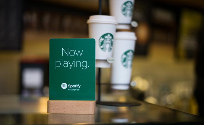 Starbucks ร่วมกับ Spotify สร้างสุนทรีในการดื่มกาแฟ ด้วยเพลงฮิตตลอด 20 ปี