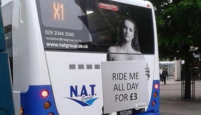 บริษัทเดินรถสาธารณะยอมปลดป้ายโฆษณาหลังถูกร้องเรียนว่ามีเนื้อหาเหยียดเพศ