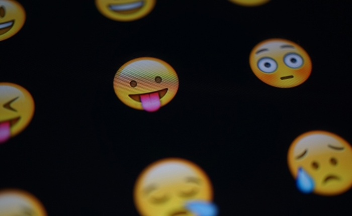 20150603161248-100-most-popular-emoji-hashtags-instagram-infographic-higlight