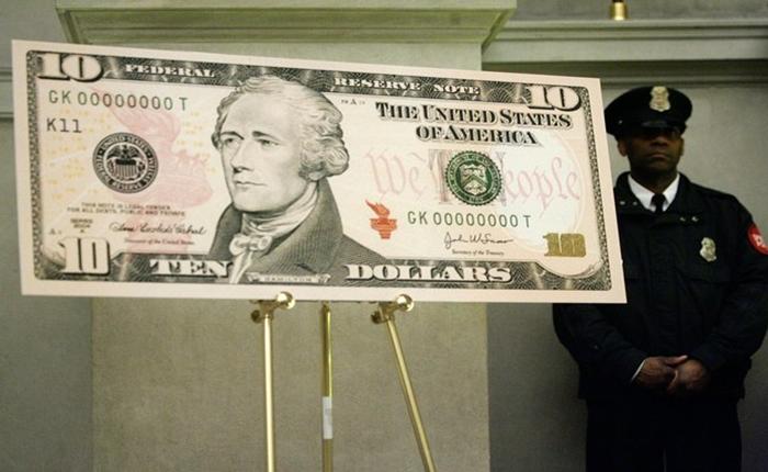 """สหรัฐฯ ตัดสินใจพิมพ์ภาพ """"ผู้หญิง"""" ลงบนธนบัตร 10 ดอลล่าร์ ฉลอง 100 ปีสิทธิสตรีกับการเลือกตั้ง"""