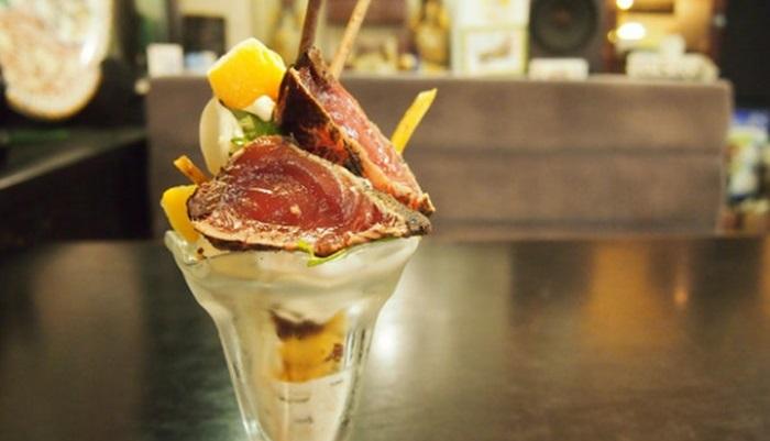 แหวกอีกครา…ร้านอาหารญี่ปุ่นแนะนำไอศกรีมฟาร์เฟ่ต์หน้าปลาดิบ